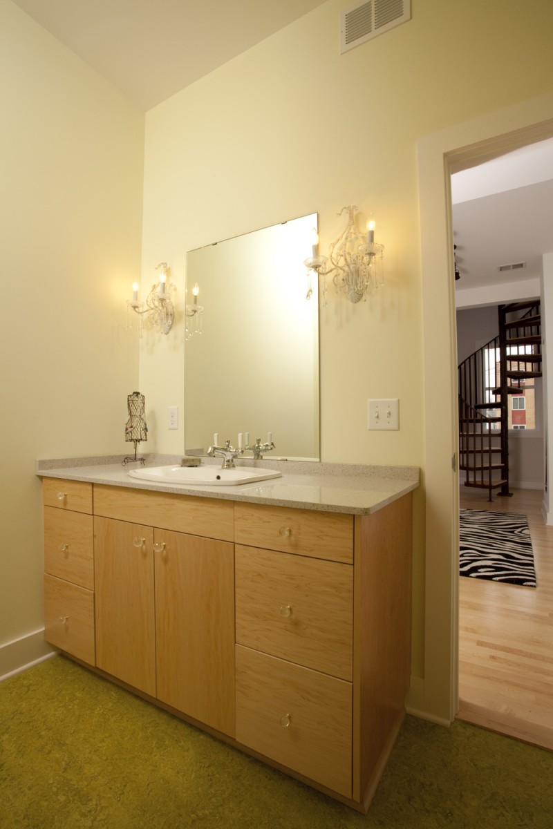<p>The guest bathroom in the new condo addition.</p>