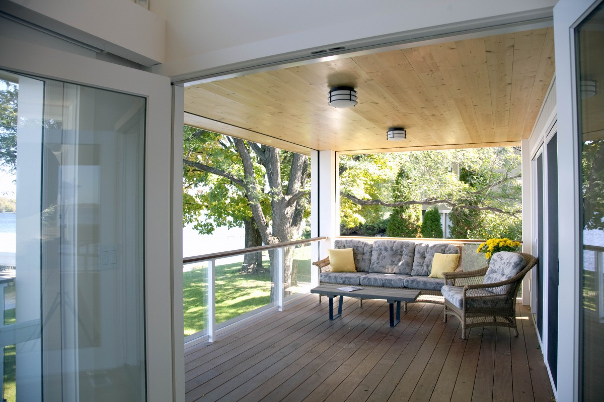 <p>Off the master suite, a new porch complete with retractable screen is the perfect spot for daydreaming.</p>