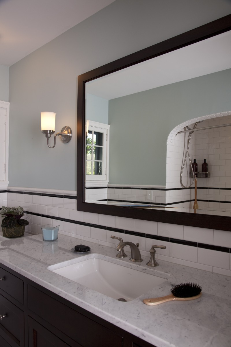 Here's a closeup of the vanity and a look into the tub/shower through the mirror.