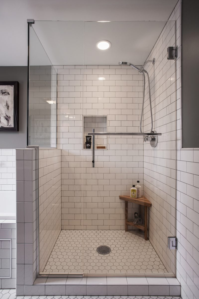 <p>Fixtures were flipped within the room, creating more space and minimizing compartmentalization.</p>